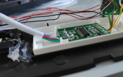 FIABILISATION INDUSTRIELLE – Bac à potting pour composants électroniques